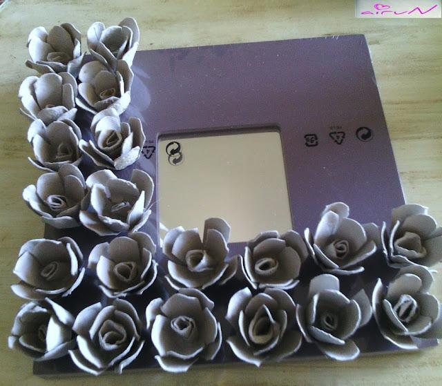colocación flores espejo