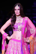 Kriti Sanon Latest Pictures at IIJW 2015-thumbnail-20