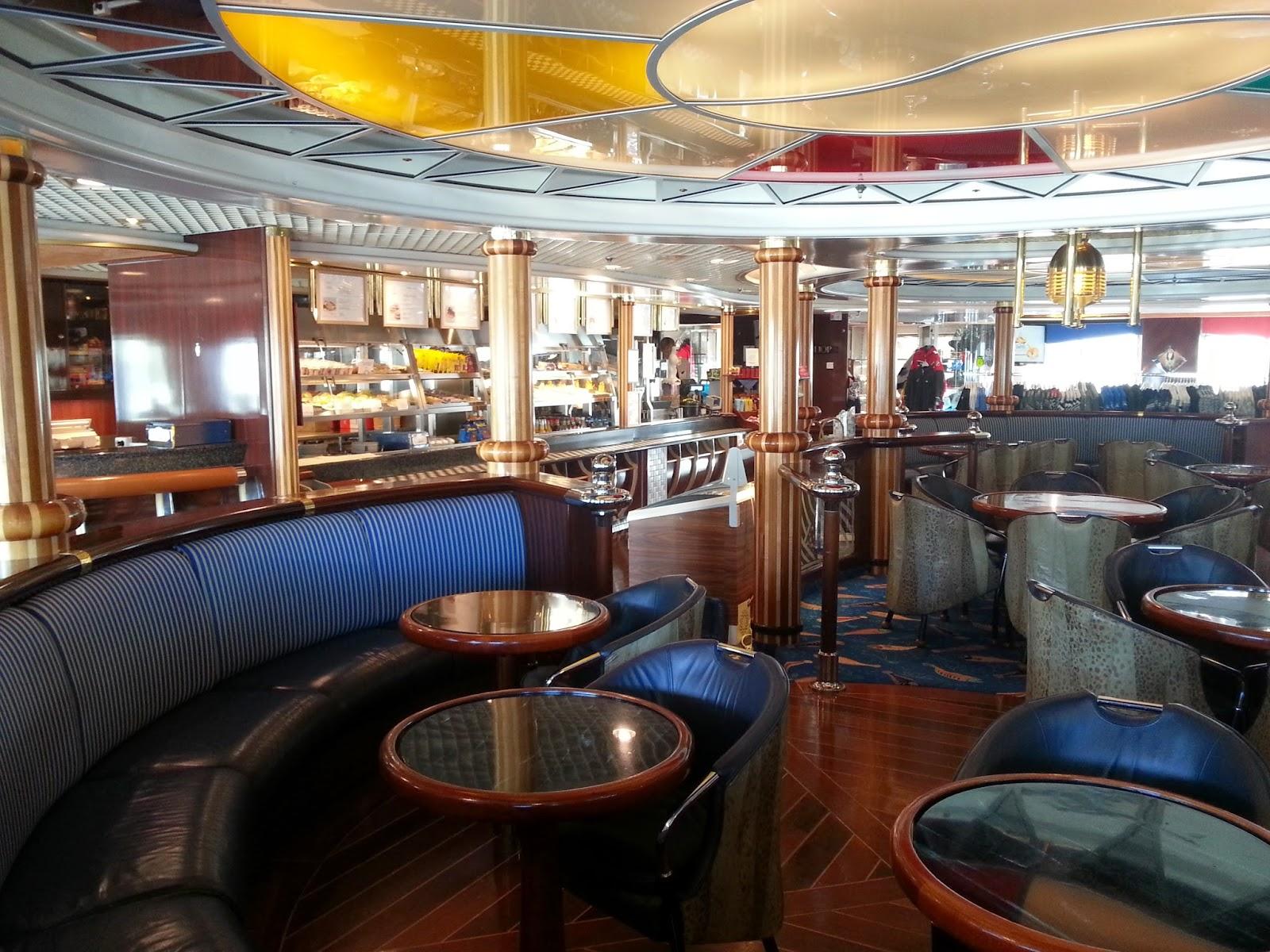 Hurtigruten MS Polarlys - Cafe Lokalen