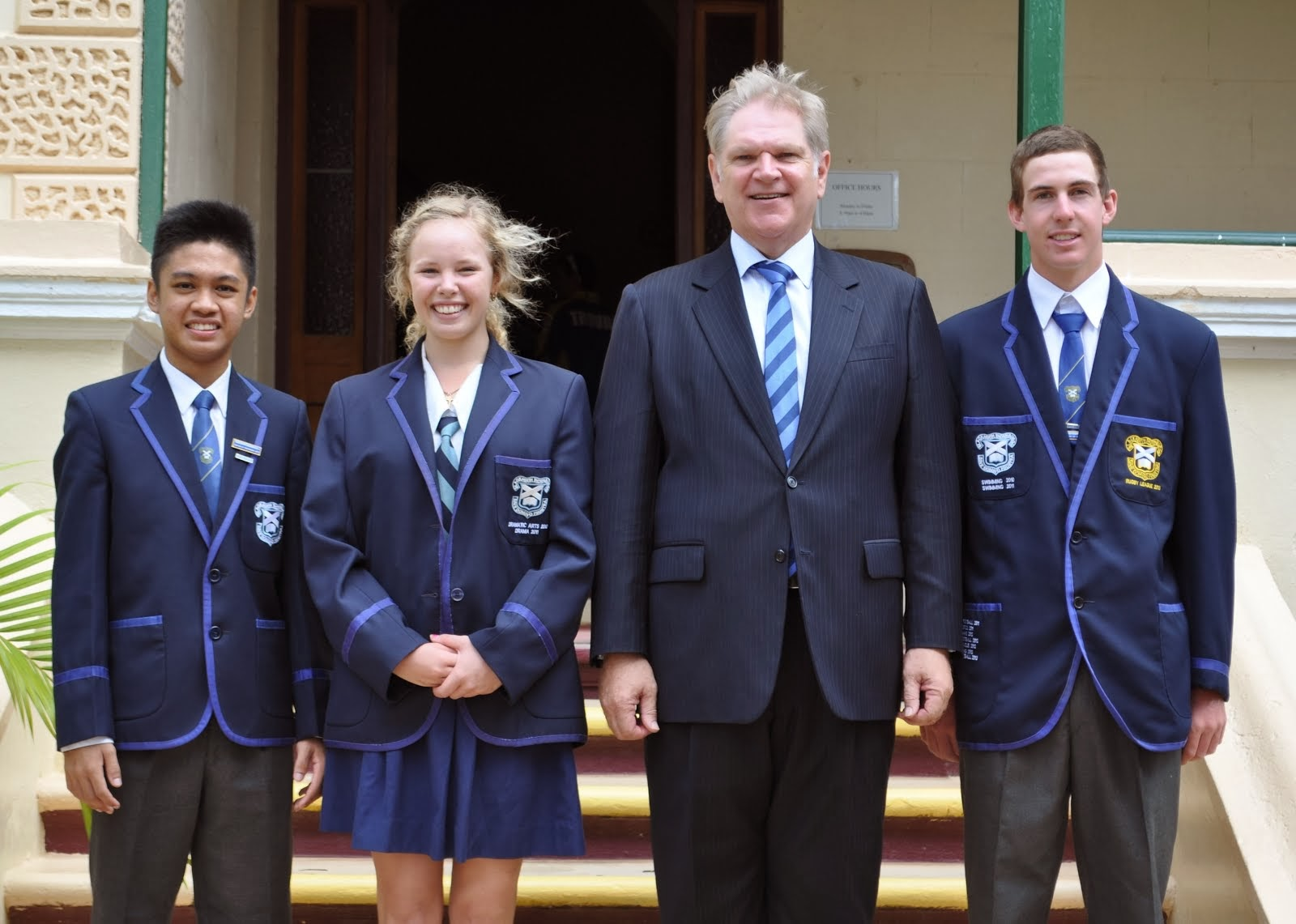 2014 Captains and Prefect with Mr Fairbairn