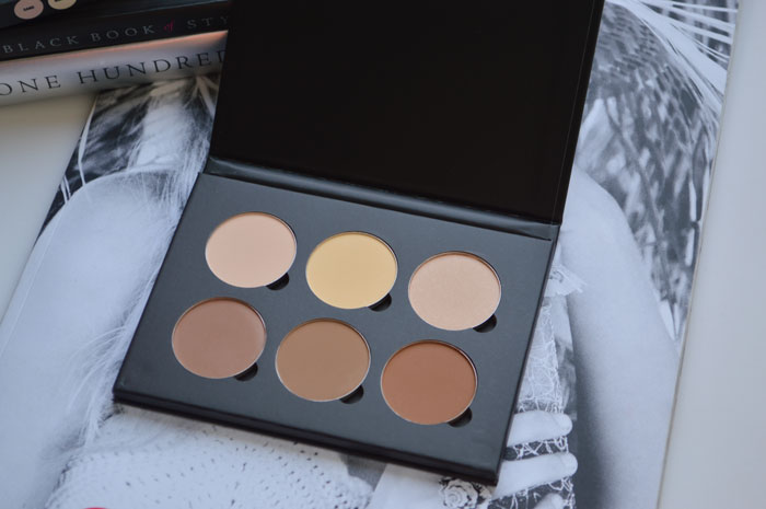 Anastasia Beverly Hills Contour Kit swatches