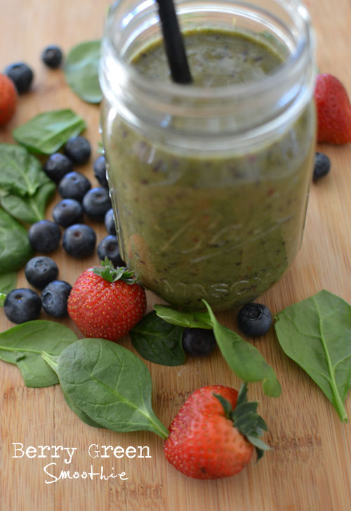 casual glamorous: Berry Green Smoothie