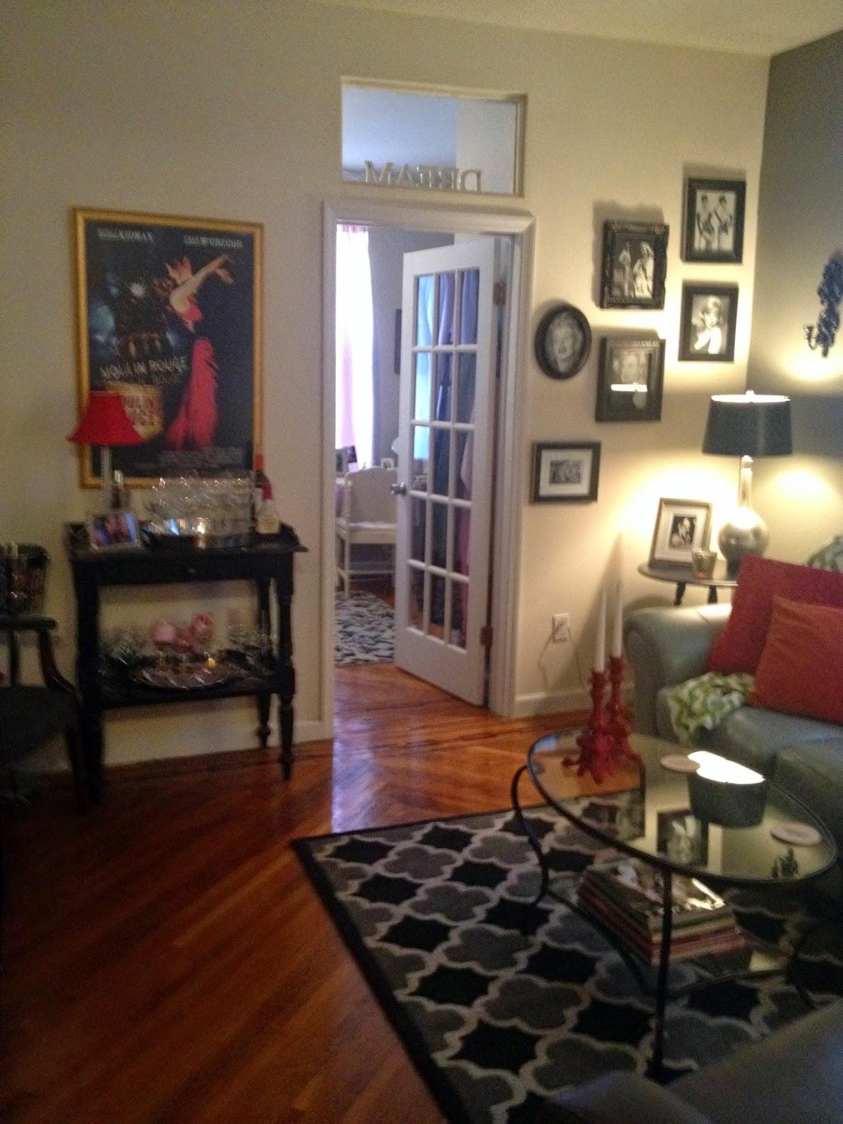 A Perfect Setting Small Apartment Decorating Washington