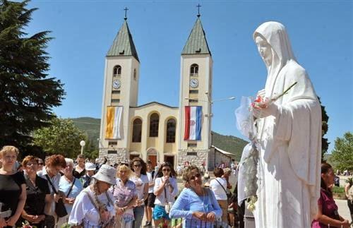 """Đặc sứ của Đức giáo hoàng tại Medjugorje (Mễ Du) khuyên các tín hữu """"đừng lo lắng"""""""
