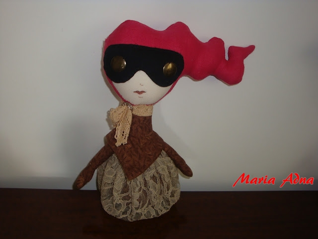 textile handmade dolls, textile and metal dolls, fabric and metal dolls, bonecas em tecido e metal