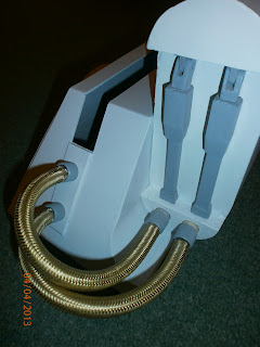 R2D2 Outer Foot & Battery Box, Braided hose