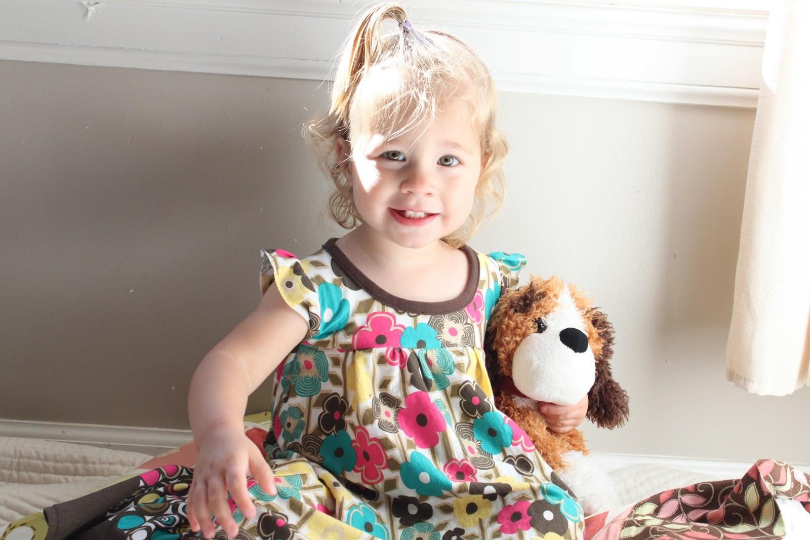 Little Girl\'s Summer Nightgown / Handmade Frenzy