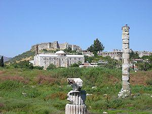 . Kuil Artemis