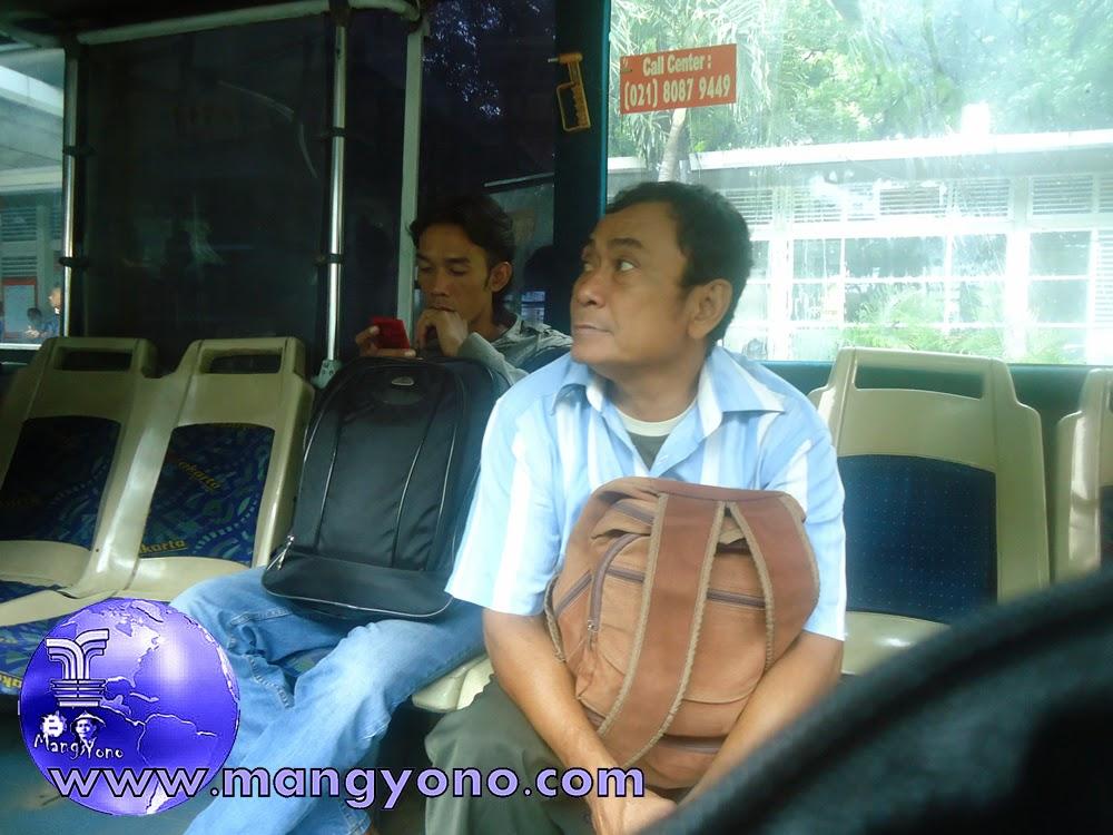 Sekarang Bus Transjakarta pakai e-tiket