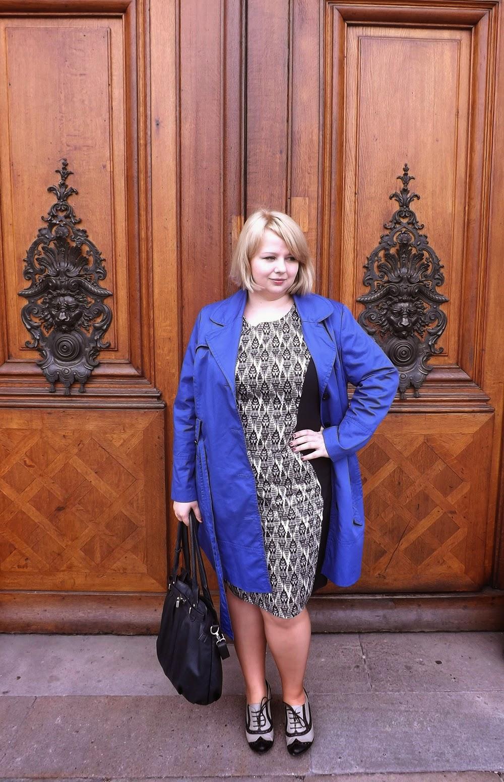 sukienka biznesowa AZTEC