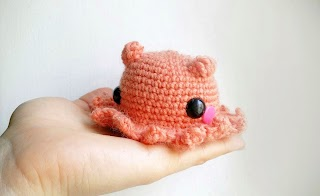 An orange Amigurumi adorabilis octopus