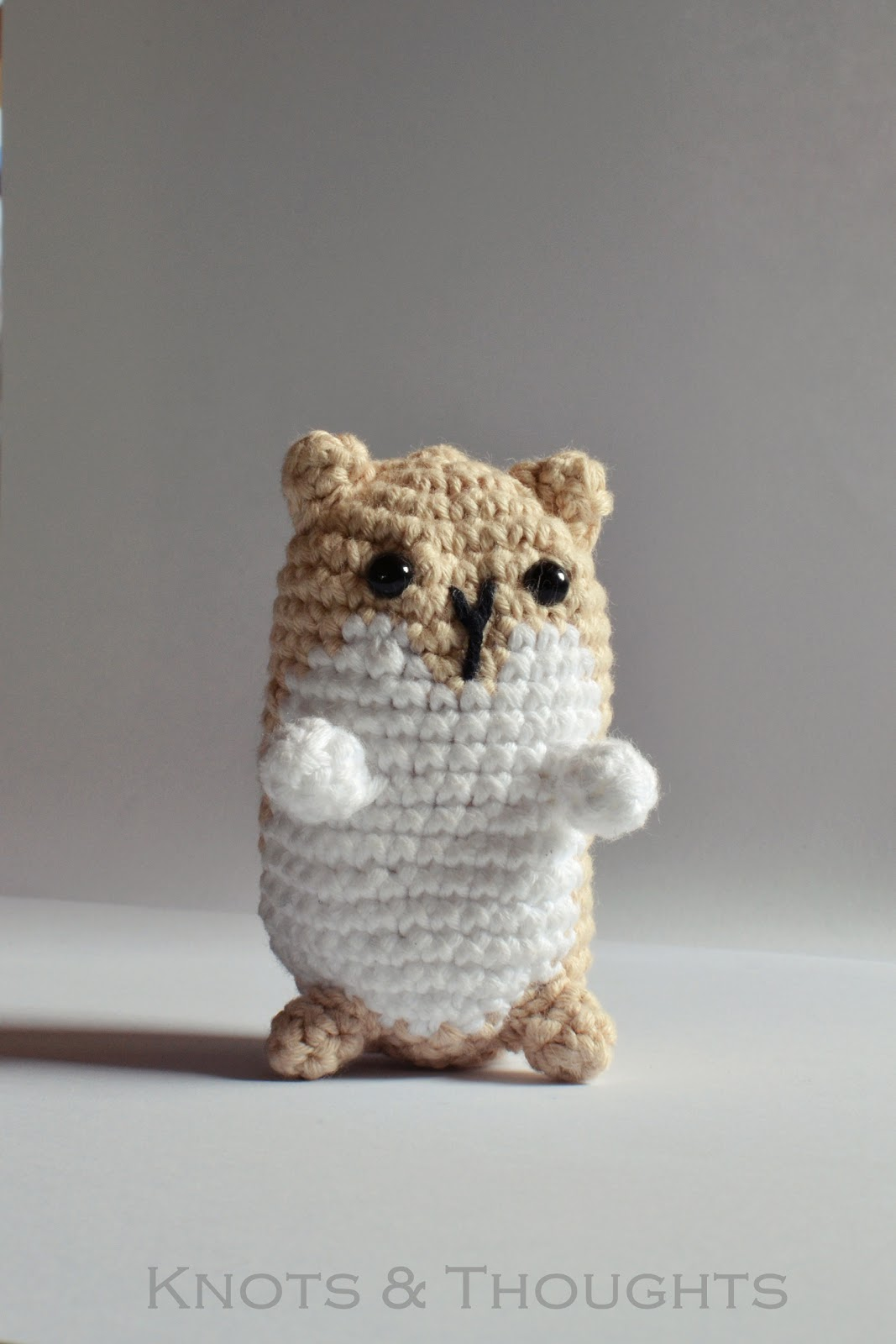 Frida Kahlo Amigurumi Free Pattern : Knots and Thoughts: Amigurumi Hamster - my first finished ...