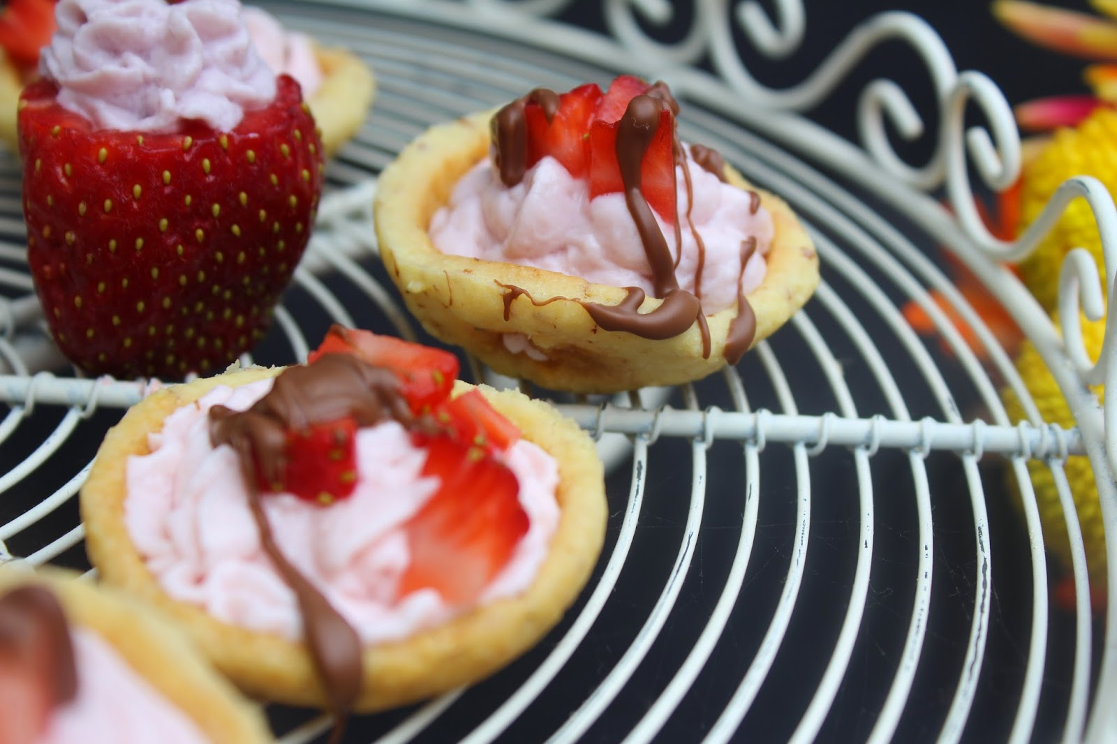Yoplait Greek 100 Whips Cookie Cups