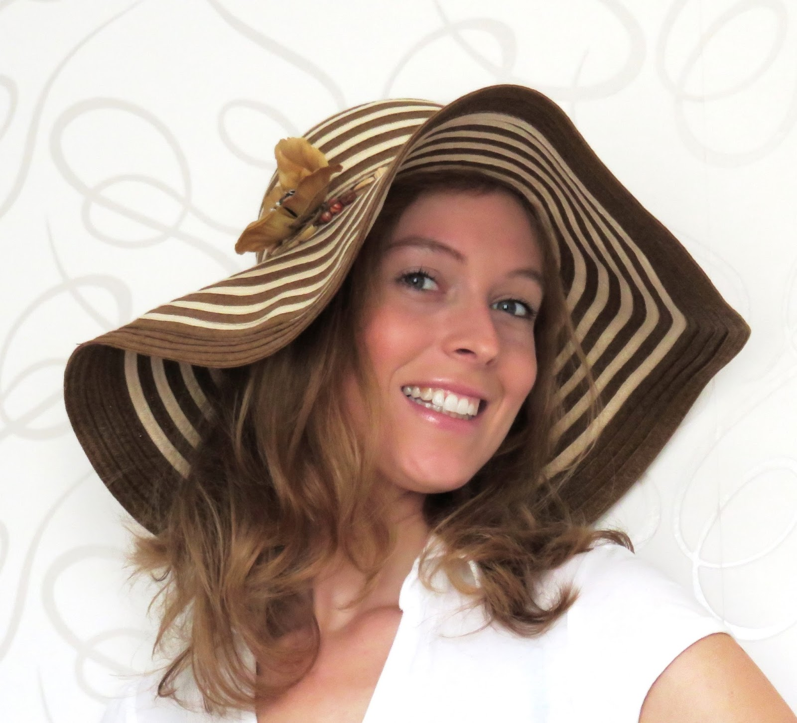 brown floppy hat summer zomer flaphoed bruin