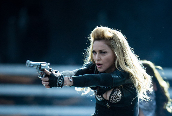 Madonna Brandishes Fake Assault Rifle Onstage Hours After 'Batman' Massacre » Gossip | Madonna