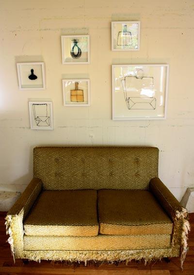 http://3.bp.blogspot.com/-gNxKldNVxjo/TVoSZUFN-7I/AAAAAAAAEYE/KXqqGlTJwdc/s1600/unsung_heros_couch.jpg