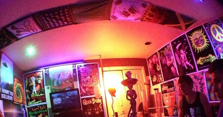 trippy bedroom decor interior design meaning
