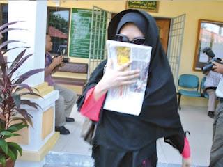 Ustazah+ditangkap+Khalwat USTAZAH Terlanjur Dengan Duda Ketika Suami Di Mekah