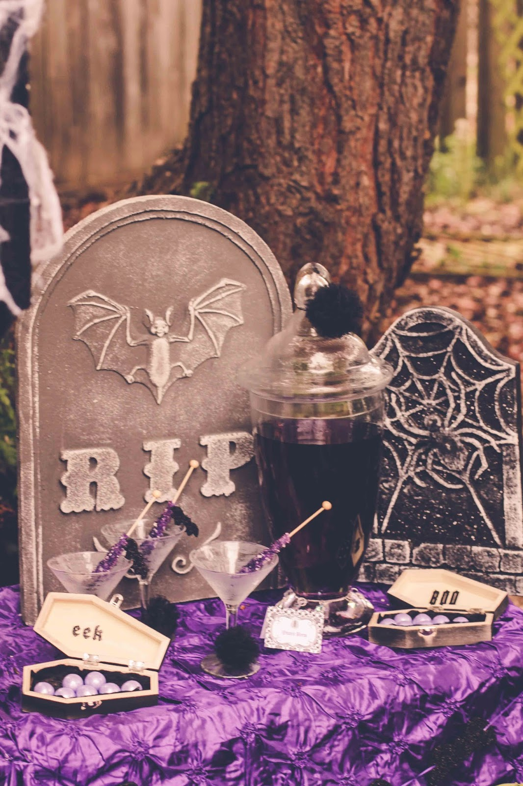 Ghouls Night Out Halloween Inspiration party by Fizzy Party