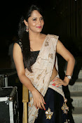Anasuya sizzling photos in saree-thumbnail-9