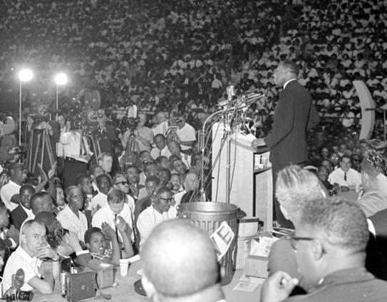 """martin luther king speech at the great march on detroit june 1963 Martin luther king jr speaks with students after a nov 5, 1962 speech at  university of michigan's hill auditorium  """"it wasn't a big crowd, it appears to be  somewhat small,"""" said jania  i was fortunate to march behind dr king in the  detroit civil rights march of june 1963, and to hear his subsequent."""