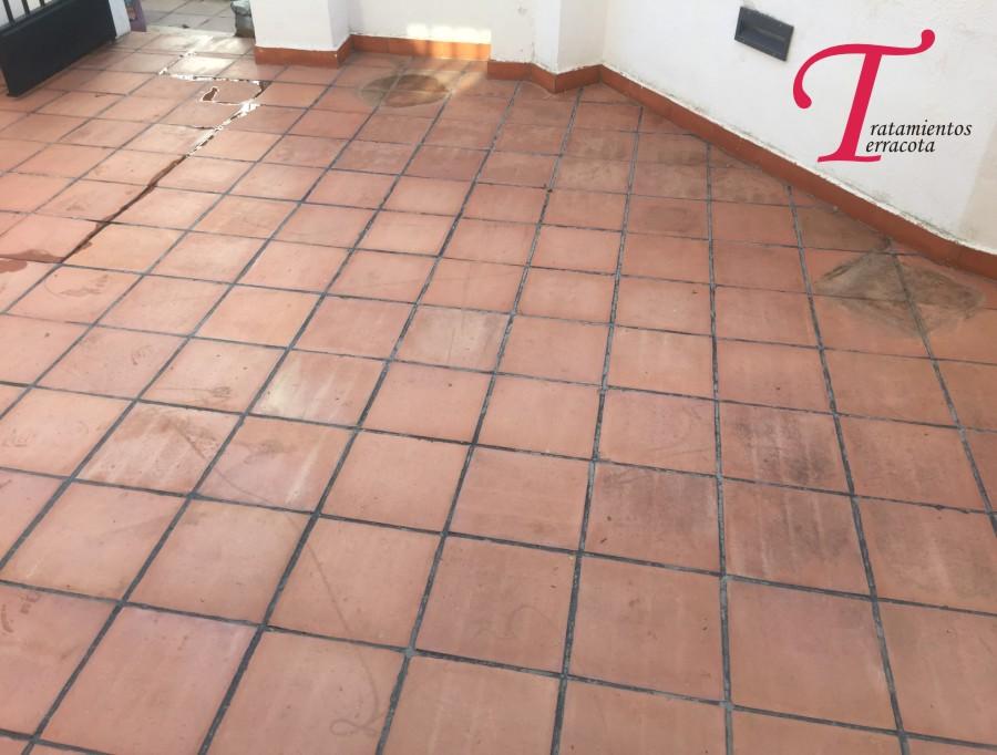 Como limpiar suelos de barro best limpiar suelos de barro for Limpiar terraza exterior