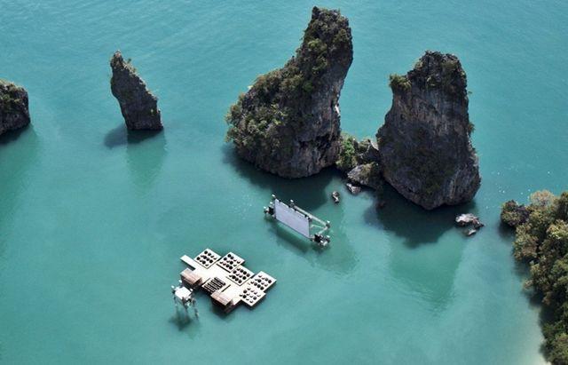 Cine-flotante-Tailandia