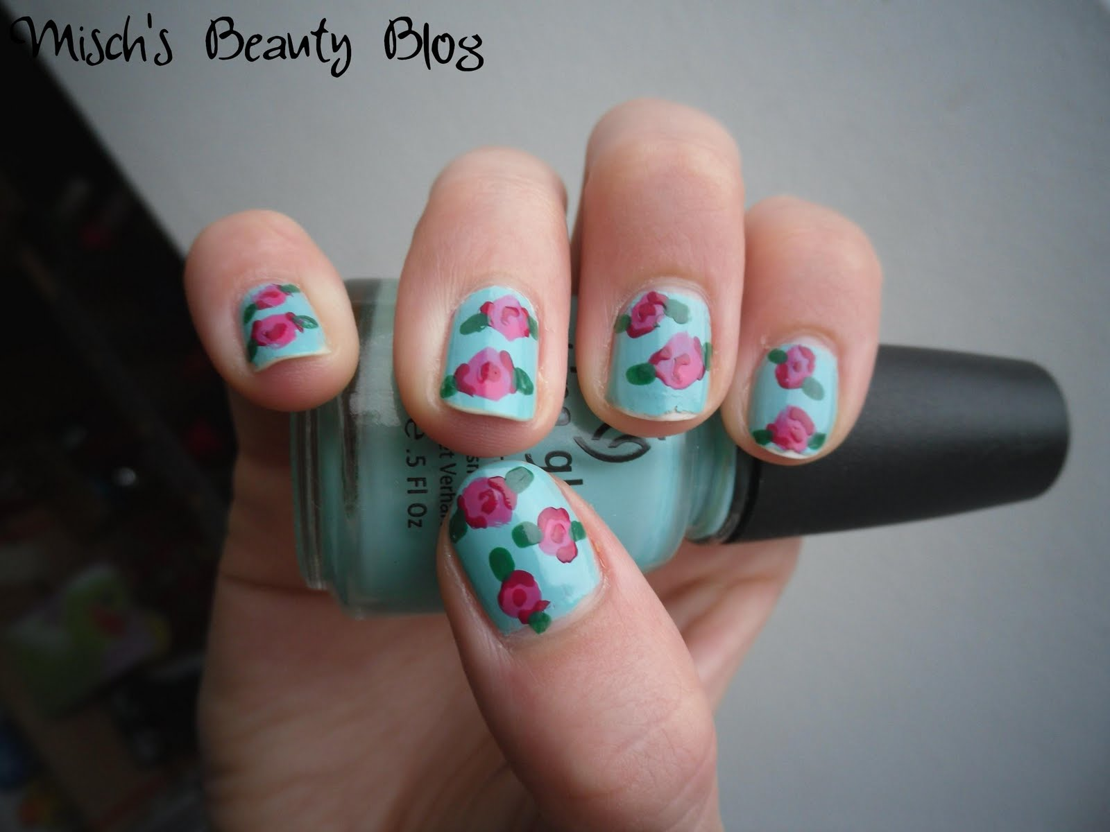 Misch39;s Beauty Blog: Picture Tutorial: Vintage Rose Nail Art