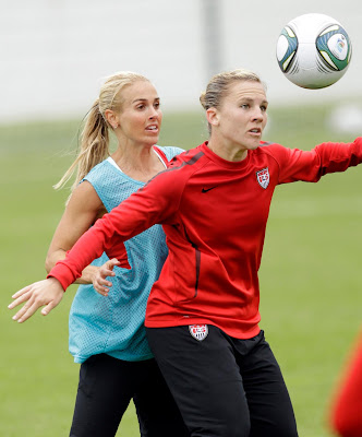 US Defender Heather Mitts Picture