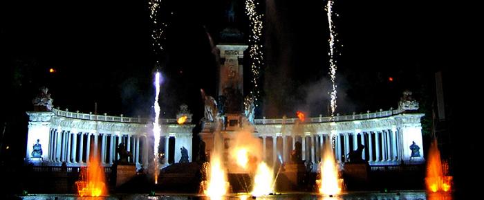 diana dazzling, fashion blogger, fashion blog,  cmgvb, como me gusta vivir bien, dazzling, luxury,san Isidro, Madrid, bocata de calamares,chulapa,chulapos,el retiro, fireworks, fuegos artificiales