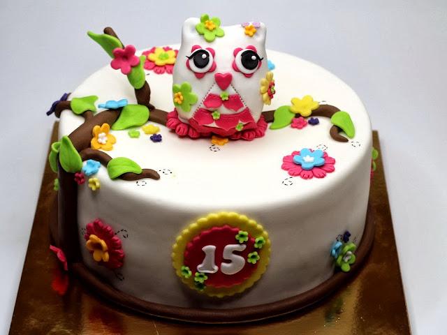 Owl Birthday Cake - Bespoke London Cakes