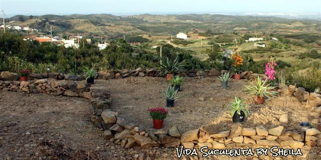 Setembro 2011 - Início, ainda um projeto, dureza foi carregar todas essas pedras!!!