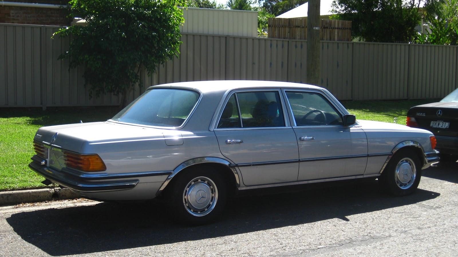 aussie old parked cars 1974 mercedes benz w116 280 se. Black Bedroom Furniture Sets. Home Design Ideas