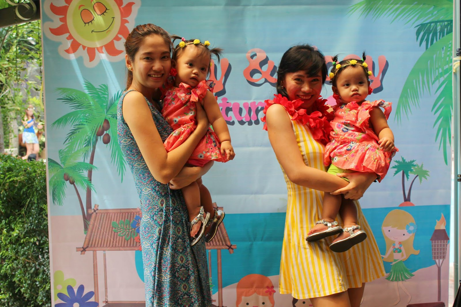 Urban Mom\'s Diary: DIY LUAU / Hawaiian Kiddie Party