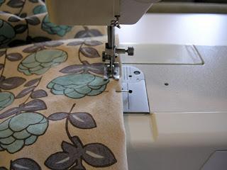 ����� ������=���� ��������� ������ sewing-side-hem.jpg