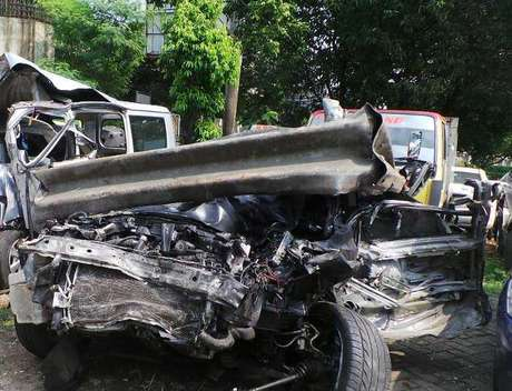 Foto Kendaraan Dul yang Terlibat Kecelakaan di Tol Jagorawi