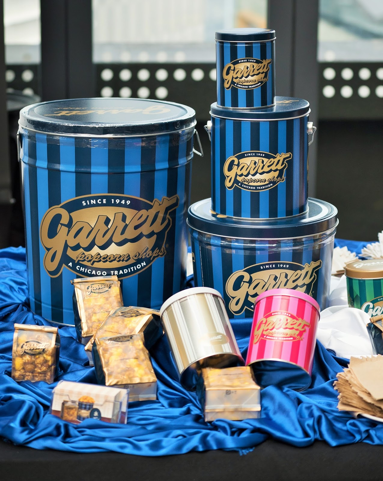 """Is there a Garrett Popcorn Shop near me?"" Curious to know if we're handcrafting our famous gourmet popcorn in your city? Enter your information below to find your nearest shop!"
