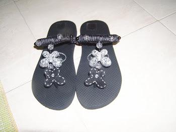 Visitem, e vejam os chinelos decorados para este verão!!!