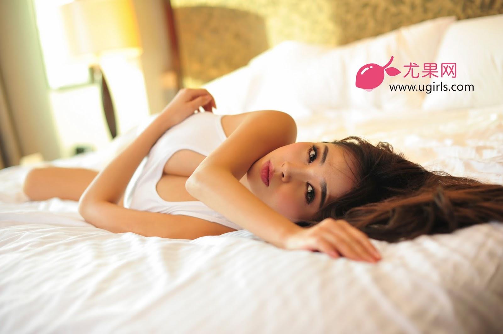 DLS 4849 - Hot Girl Model UGIRLS NO.13