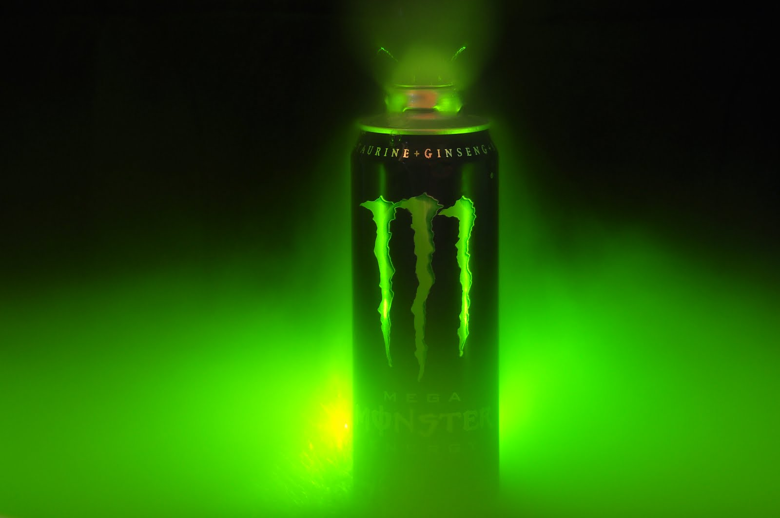 http://3.bp.blogspot.com/-gRCGVM90Ec8/T1ksS1ywuzI/AAAAAAAAGI8/WZRX7ZeOEHs/s1600/Monster%2BEnergy%2Bd01.jpg