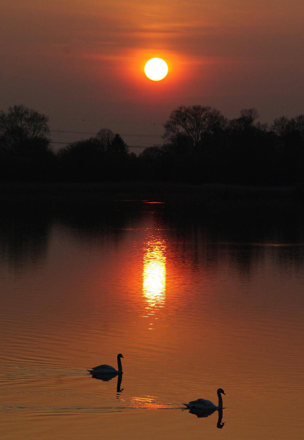 Charmes m connus du hurepoix soleil couchant sur l - A quelle heure se couche le soleil ce soir ...