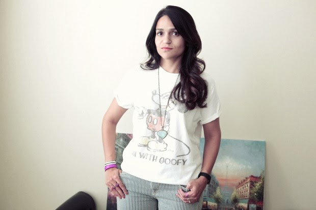 T Shirt Macy's, Lucky Brand Striped Jeans, BCBG heels, Neutrals, Tanvii.com