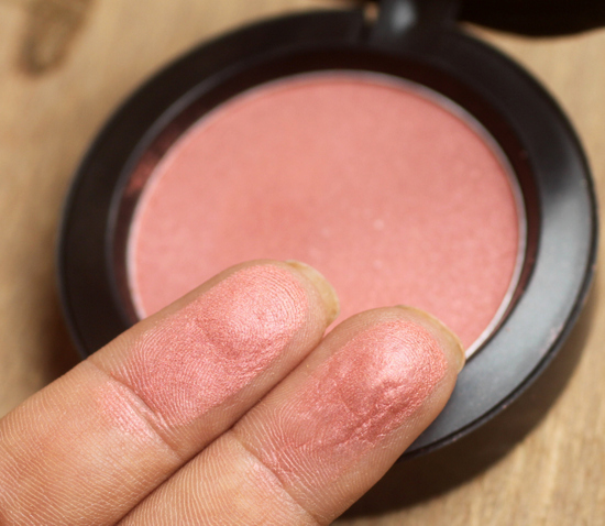 Swatch: Blush Peachykeen MAC