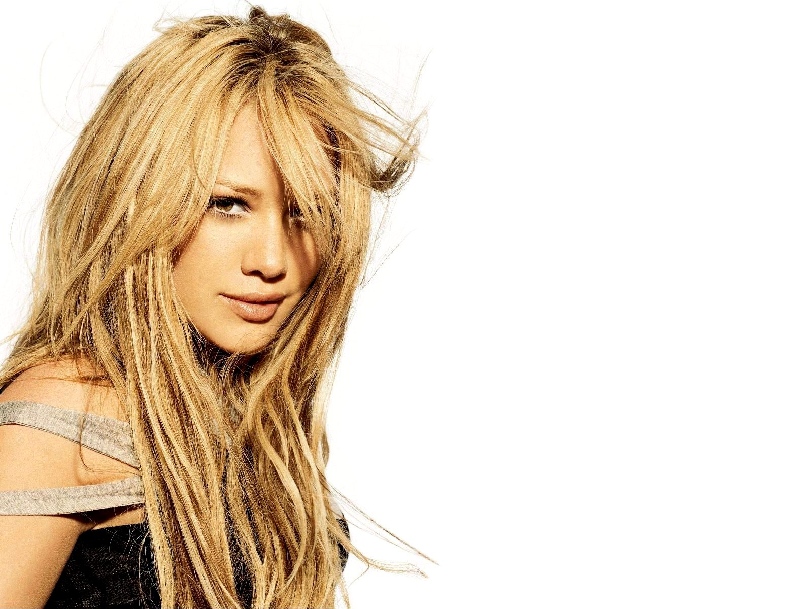 http://3.bp.blogspot.com/-gRxMRqIDtEc/Ttb9sgH5k9I/AAAAAAAAARg/5PZtw6FsMVI/s1600/Hilary-Duff-pictures-desktop-Wallpapers-HD-photo-images-5.jpg