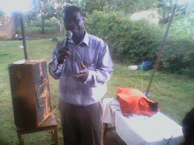 PASTOR OUNDO PREACHING UGANDA.