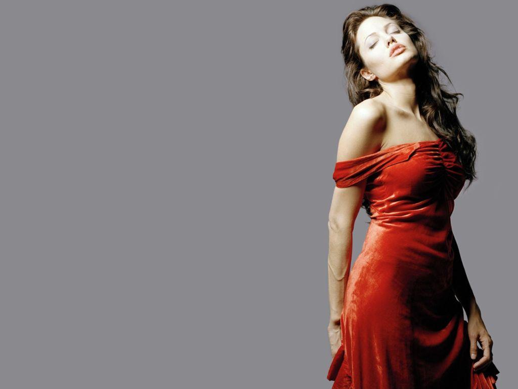 http://3.bp.blogspot.com/-gSDRuyws3Yc/TdnsuHT-jGI/AAAAAAAAA_4/GCJBOorKrtY/s1600/Angelina-Jolie-100.JPG