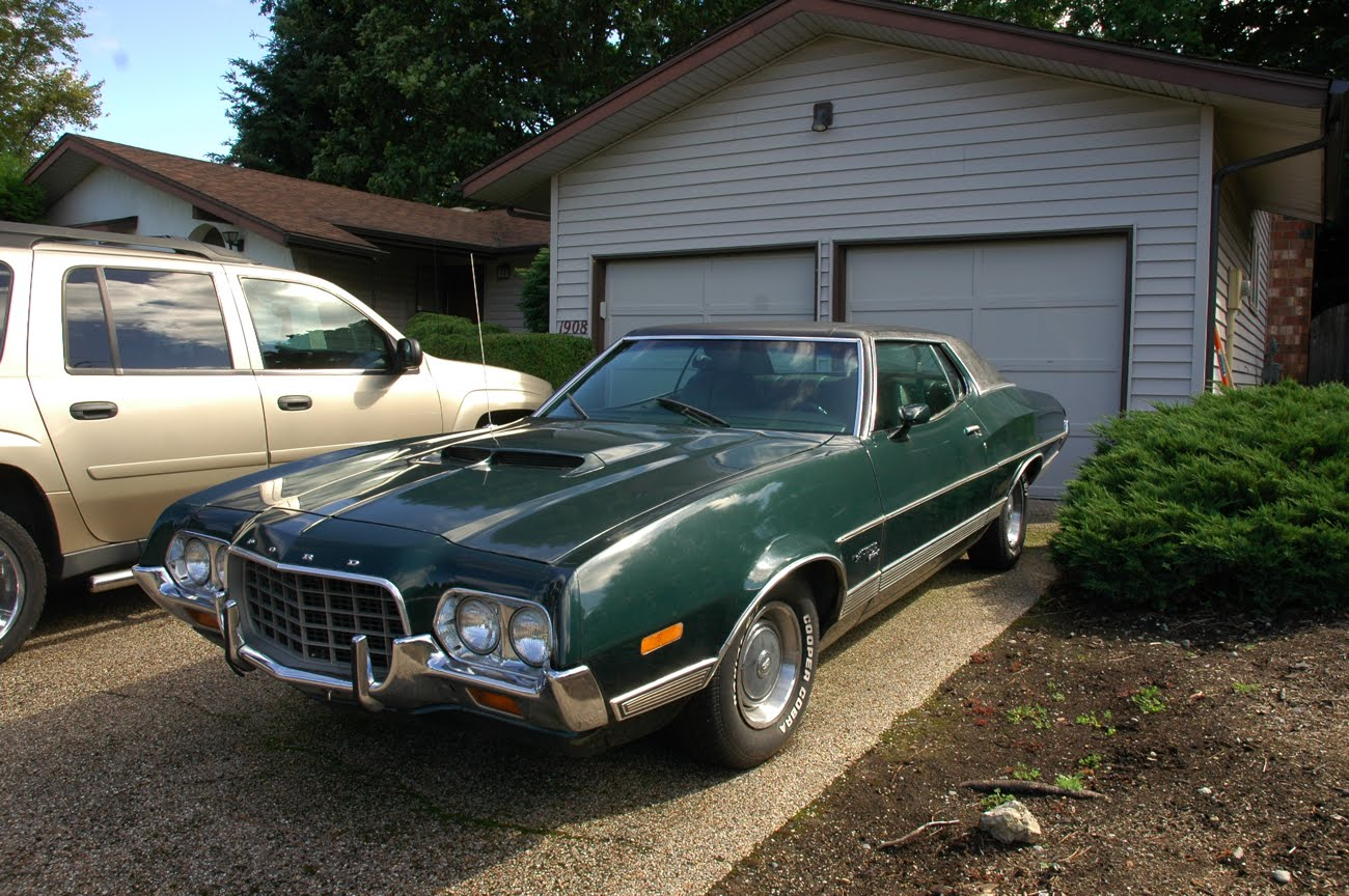 old parked cars 1972 ford gran torino sport. Black Bedroom Furniture Sets. Home Design Ideas