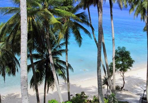Pantai Sumur Tiga Pulau Sabang