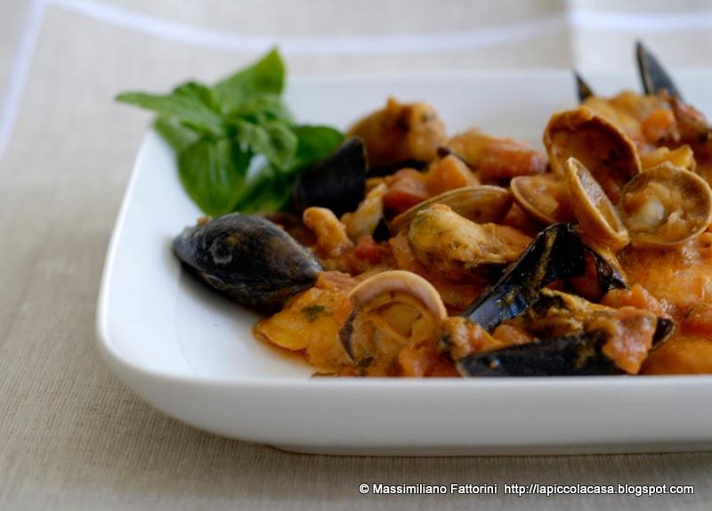 La piccola casa il mare in tavola zuppetta di frutti di - Il mare in tavola ...