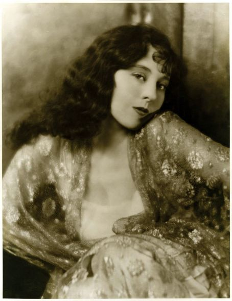 Jobyna Ralston portrait